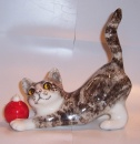 Winstanley Cat Tabby and White with bauble Size 2